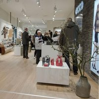 ECCO opens its largest store