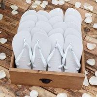 c6082965e7c8 Havaianas presents wedding flip flops
