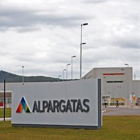 44% stake in Alpargatas sold for over 720 million US dollars