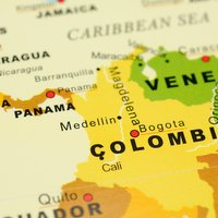 Footwear arriving from Panama enters Colombia below the market price