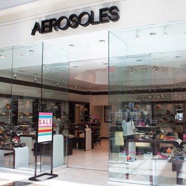 Aerosoles plans store closures