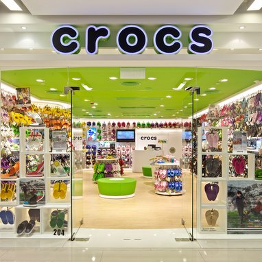 Crocs increases fourth quarter guidance