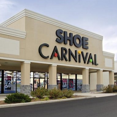 Shoe Carnival's athletic mix expands to 53%