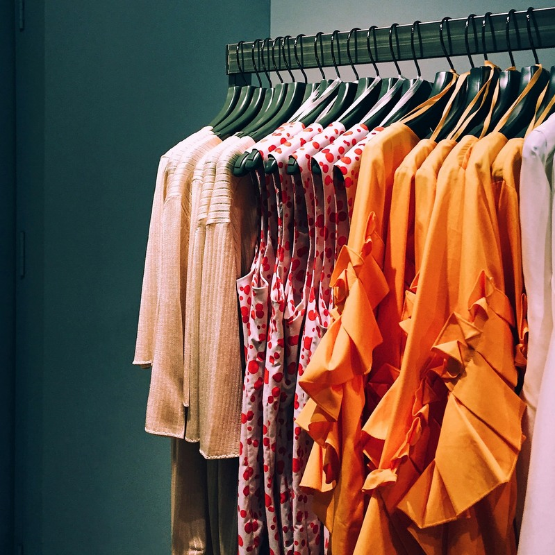 82% US shoppers leave apparel stores without purchasing