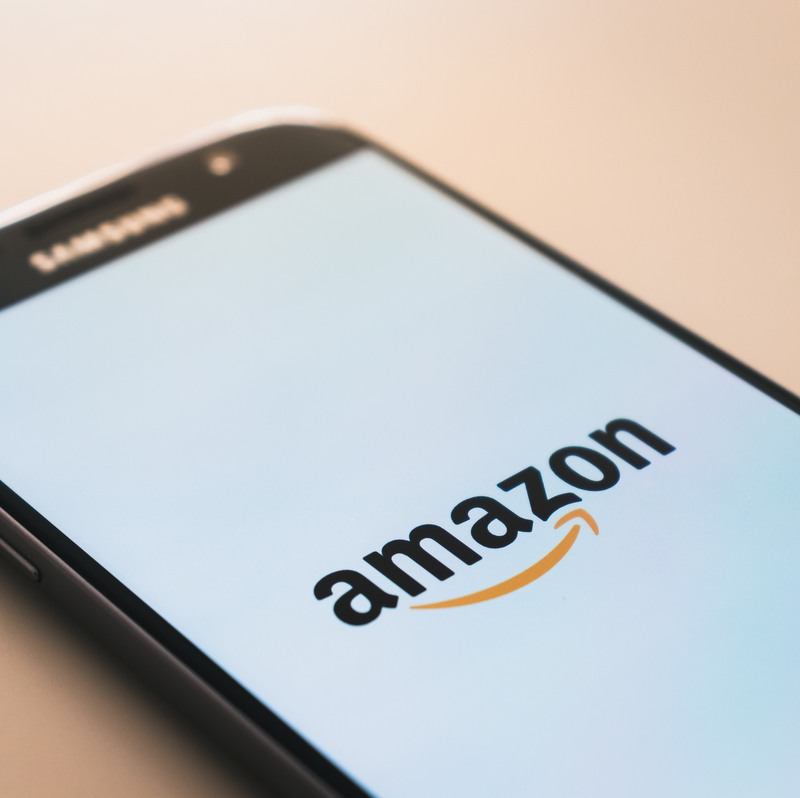 Amazon with record holiday sales