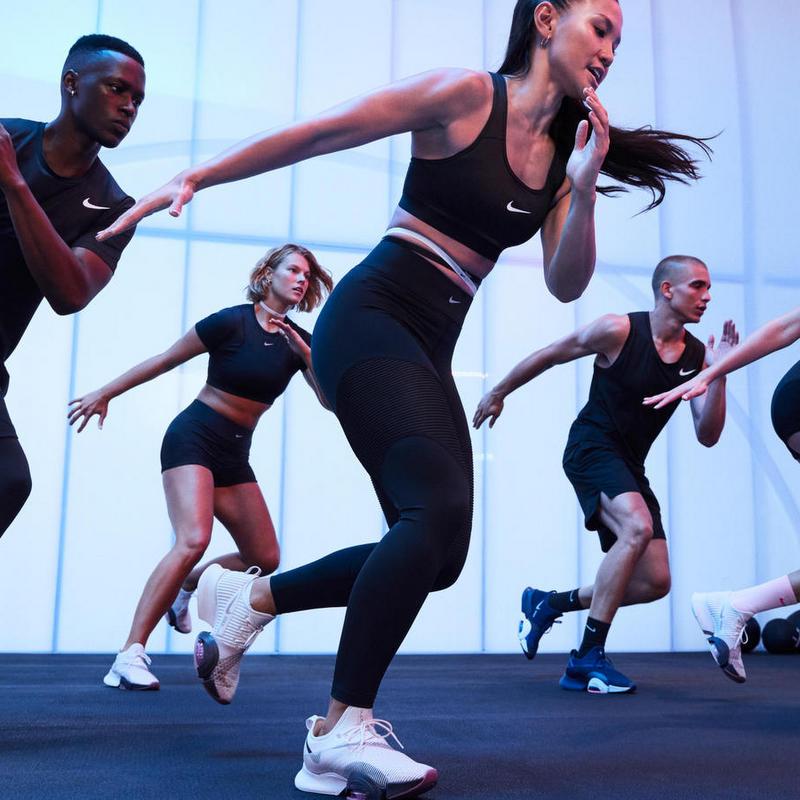 Nike's revenue falls by 38% in the last quarter