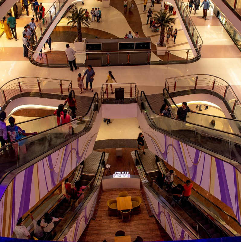 Survey reveals that US consumers feel least safe in shopping malls