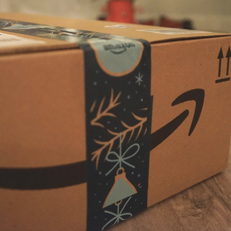 Amazon becomes top apparel retailer in US